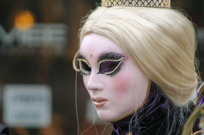 Kraljica štapova
